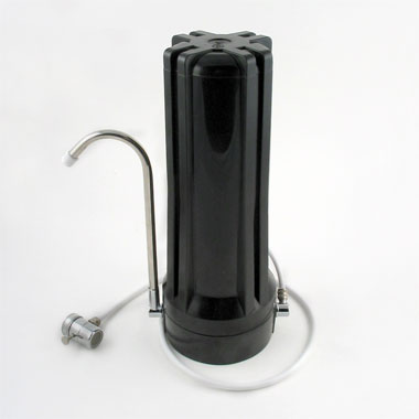 Universal water filter in black